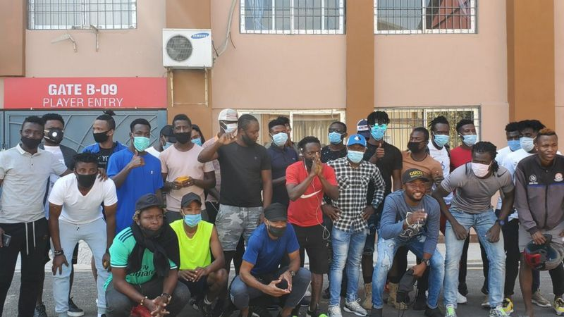 कोरोनाका कारण अफ्रिकी फुटबल खेलाडी चरम आर्थिक अभावमा